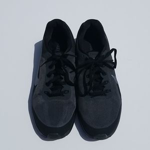 Nike Air max dynasty 2 size 8.5